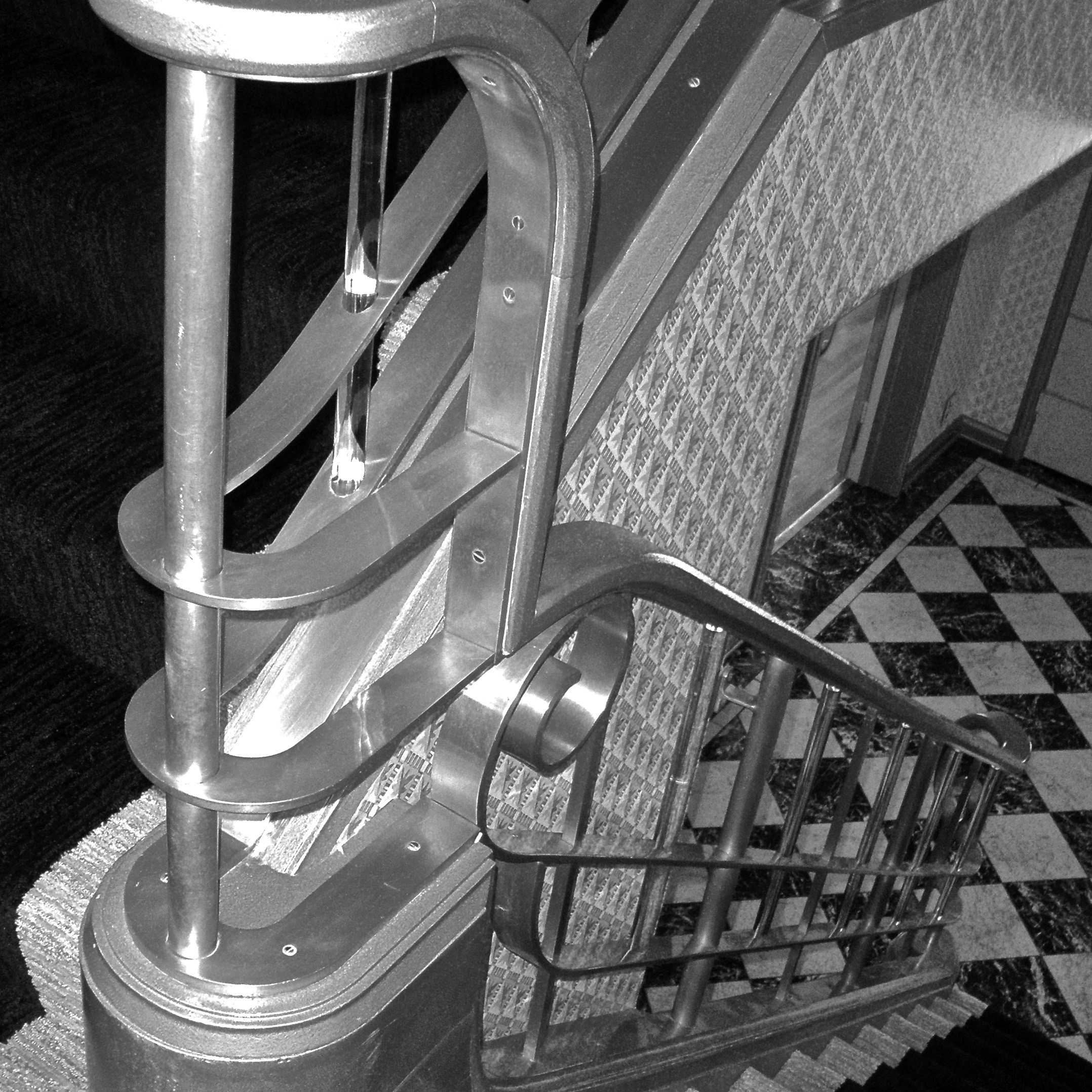 THE CHATOL HOUSE & GARDENS | MAIN STAIRS